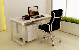 Single streight desk